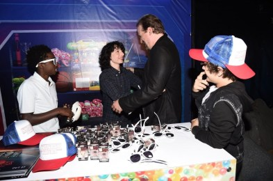 Nerdeek Life DS1_1320 The Stranger Things Cast Made Fans' Day at The Netflix Experience Conventions