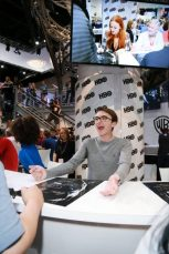 """Nerdeek Life Game-of-Thrones-SDCC-2017-Signing-22 Game of Thrones: """"Let's finish with a high kicking number!"""" Conventions"""