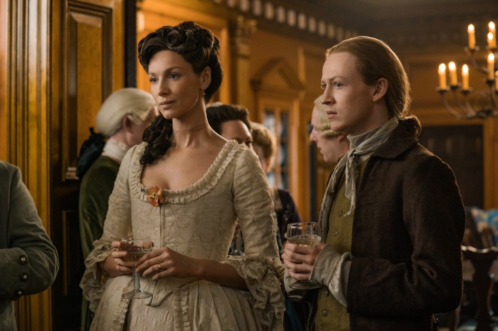"Nerdeek Life rsz_outlander_4x02-26-2 Outlander Fan Roundtable 4x02: ""Do No Harm"" Provides Discussion and Controversy Roundtables"