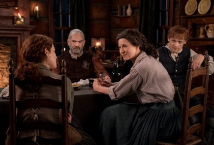 "Nerdeek Life Outlander-4x09-21 We're learning about the ""Birds and the Bees"" on this week's Outlander Nerdeek Life Roundtables"