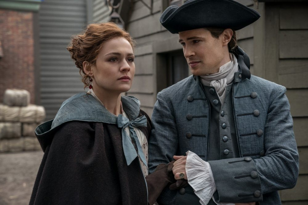 """Nerdeek Life Outlander-4x12-11 Was it """"Providence"""" for Roger and our Roundtable on this week's Outlander? Nerdeek Life Roundtables"""