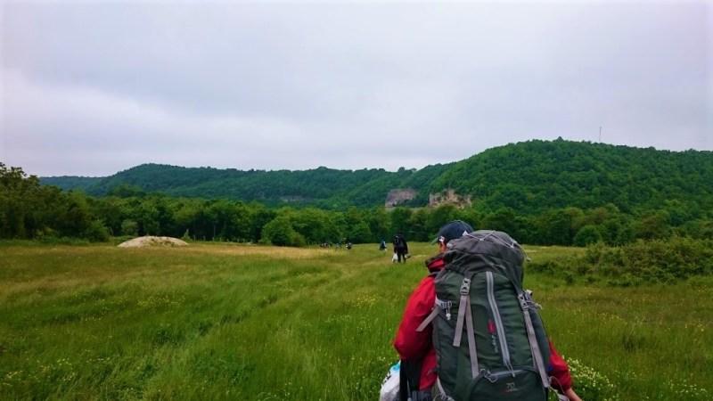 Kanara Kayalıkları kamp alanına gidiş