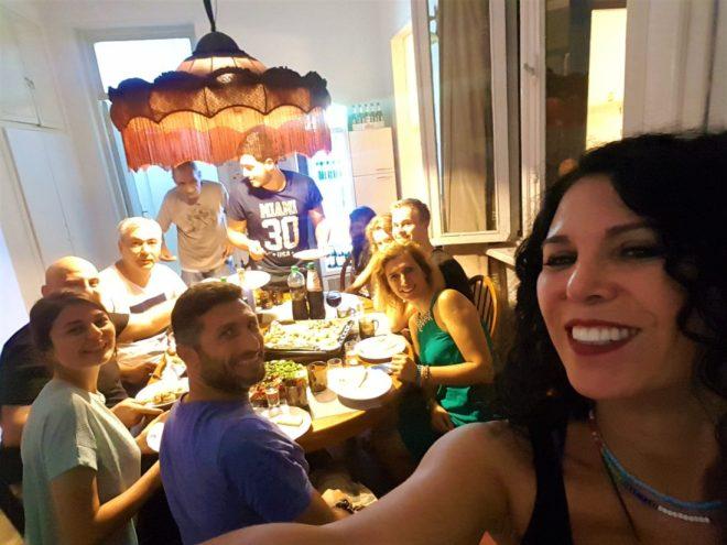Lit Hostel sabihi Uran'ın doğum günü. Bizi partiye davet etti :)