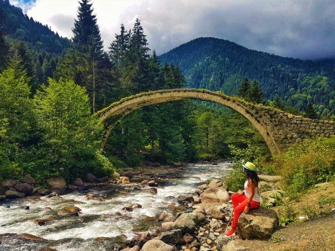 Çat Vadisi Tarihi Taş Kemer Köprü