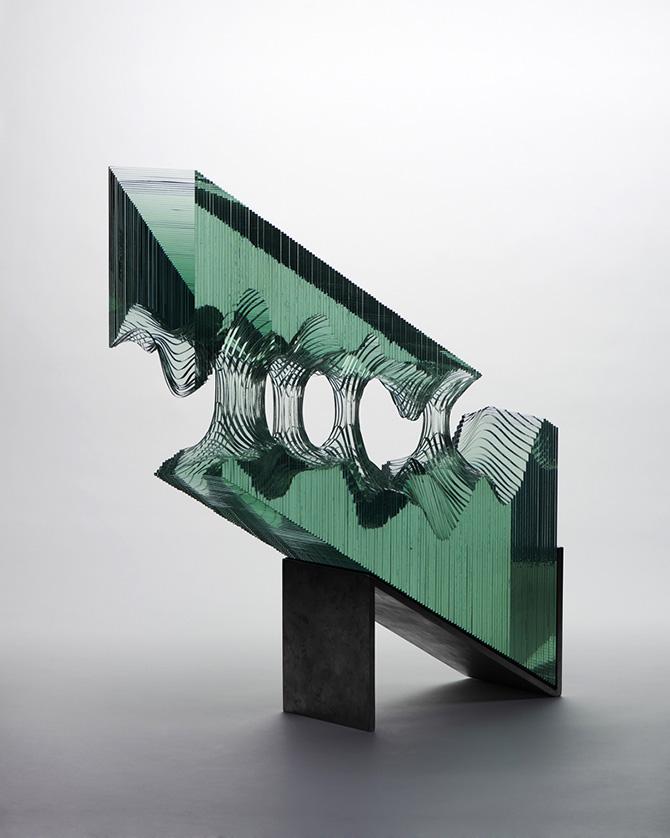 Conheça as esculturas de vidro de Ben Young