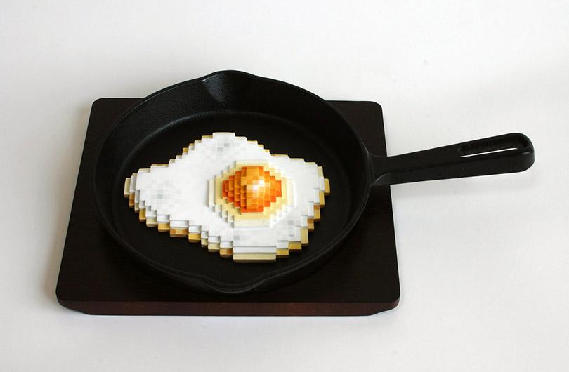 Artista cria objetos pixelados que parecem ter saído de um game