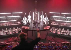 Orquestra de LEGO toca o tema do Star Wars