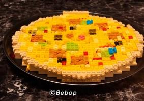 Uma animação stop-motion de pizza de LEGO