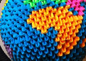 Como fazer um globo de origami