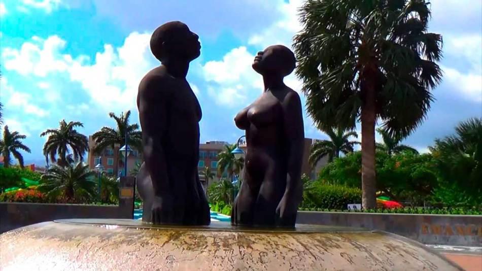 29 Estátuas Bem Melhores do que as de Militares, Fascistas e Escravagistas