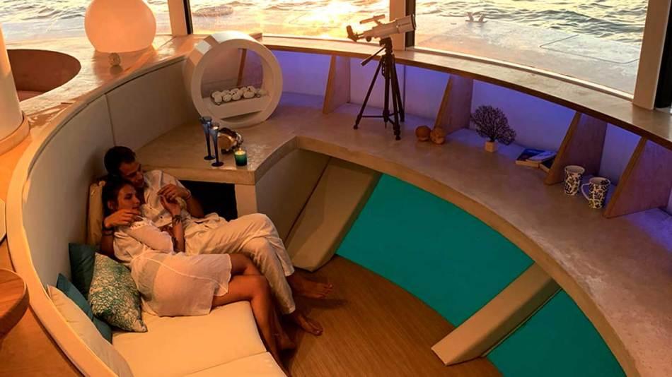 Anthénea, um luxuoso e futurista pod para o mar