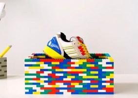Tênis LEGO da Adidas vem com as cores dos blocos de montar