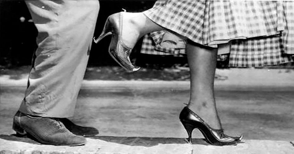 Os sapatos contra assediadores da Itália de 1955
