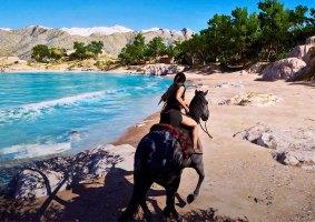 Assassin's Creed Odyssey em 8K com Raytracing supera Valhalla
