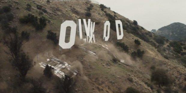 scritta hollywood distrutta