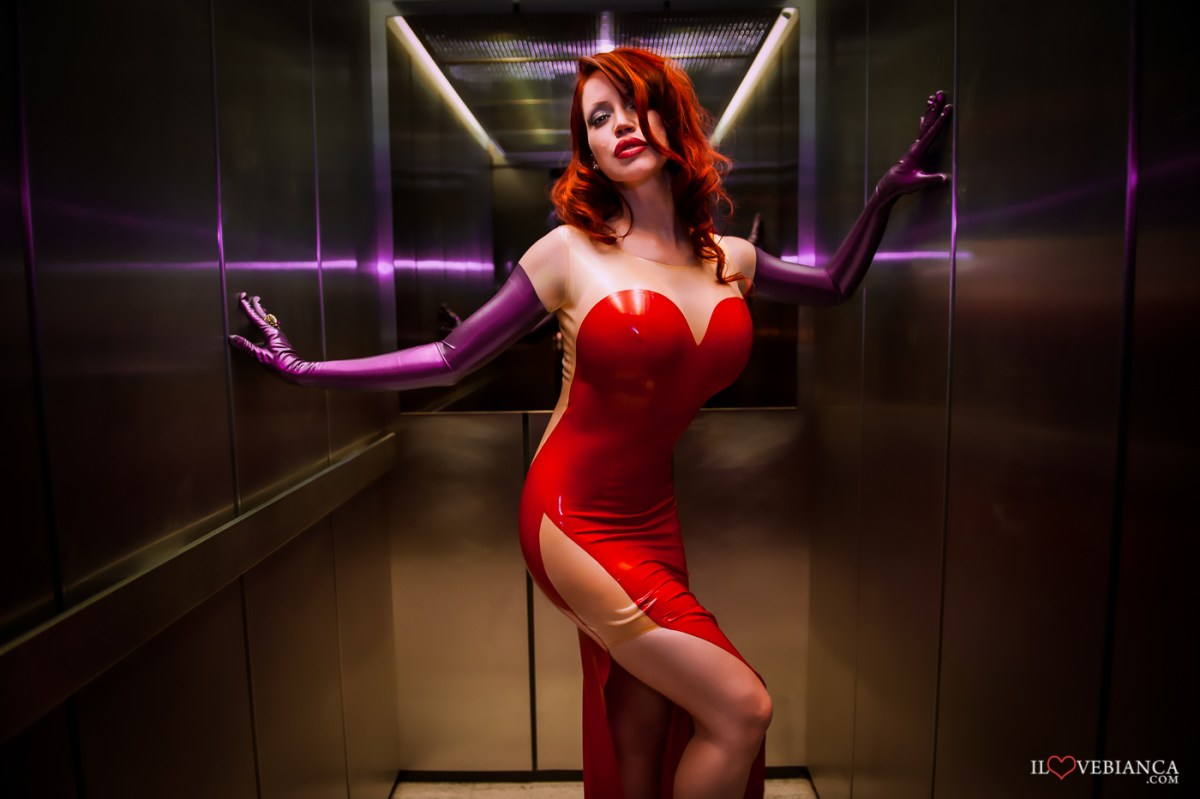 Bianca Beauchamp brings Comicbooks to life