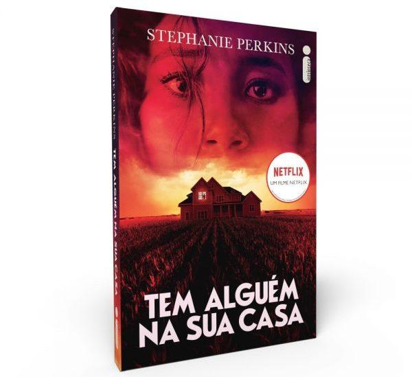 """Livro """"Tem Alguém Na Sua Casa"""" (Stephanie Perkins)   Intrínseca"""