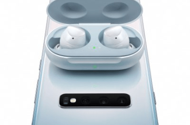 Samsung Galaxy Buds wireless charging