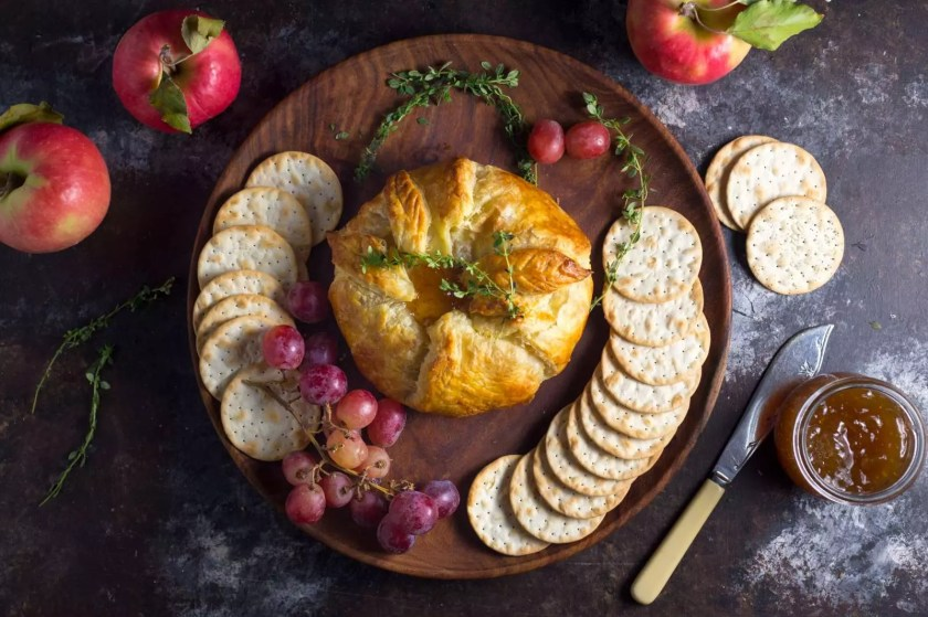 Baked Brie en Croute with Fig Jam