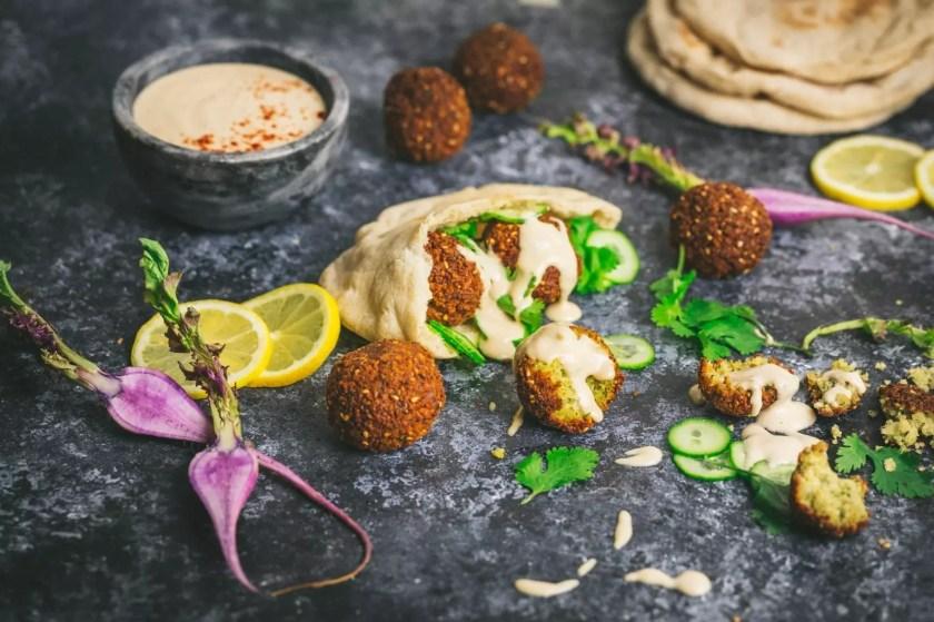 Falafel with Pita bread and Tahini Sauce