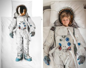 Realistic-Astronaut-Bed-Set