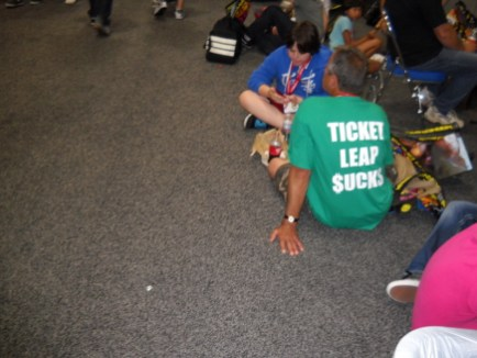 Several fans around the show made it clear how they felt about the online vendor Comic-Con chose to sell passes through.