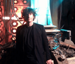Neil Gaiman on the set of Doctor Who