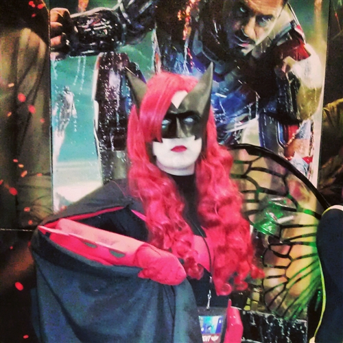 Batgirl (AKA Batwoman)