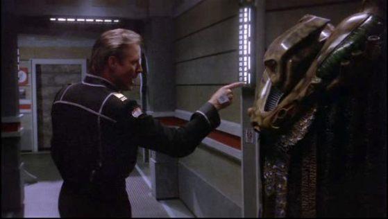 Babylon 5 - Captain John Sheridan (Bruce Boxleitner) confronts Vorlon Ambassador Kosh