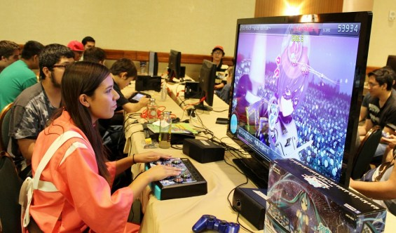 Plenty of games were to be found in the AZHP Gaming room. (Photo by Christen Bejar)