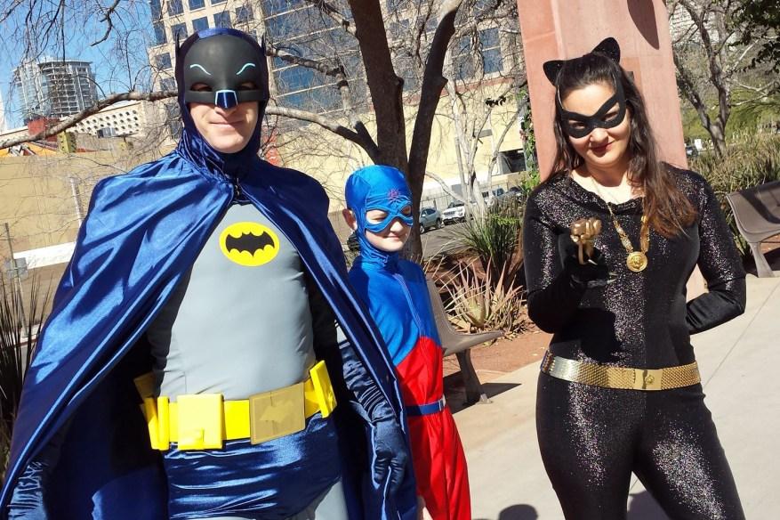 Bat-Family ready for Amazing Arizona Comic Con 2016