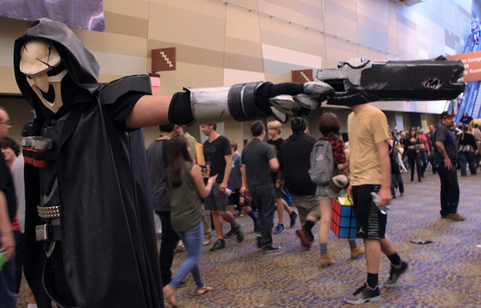 Reaper from Overwatch costume at Phoenix Comicon 2016. Prop weapons like this won't be allowed at Phoenix Comicon 2017. [File photo by Nerdvana contributor Christen Bejar]
