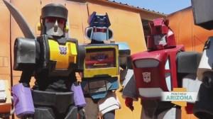 AZ Autobots kill the Transformer cosplay game