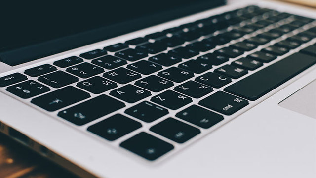 Apple hopes to fix MacBook Pro keyboard