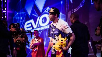 "Jeffrey ""Axe"" Williamson, Arizona's best ""Super Smash Bros. Melee"" player on stage at EVO 2015, the biggest annual fighting game tournament in the world. He finished 7th out of 1,869 players. (Image via Flickr)"