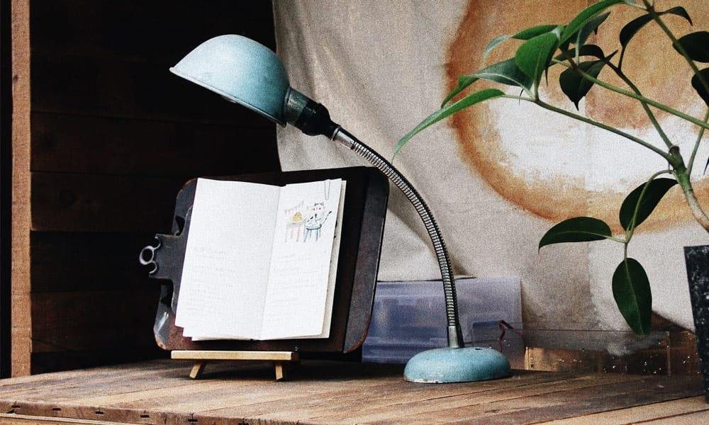 best book holder for reading in bed