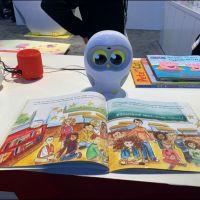Luka, The Picture Book Reading Robot