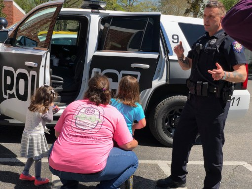 Office Nix, Corinth Police Department - National Library Week 2019