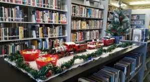Tishomingo Library is decorated for Christmastime 2019!
