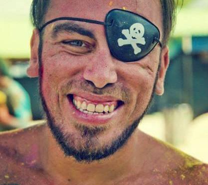 felipe-md-tropical-pirate