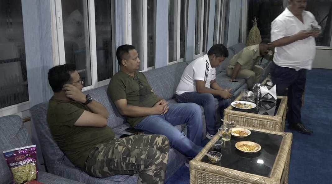 Police personnel partying with alcoholic beverages in Guwahati by violating lockdown rules
