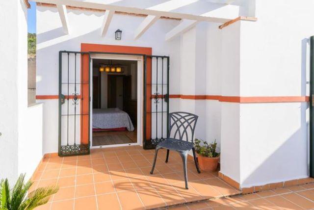 Nerja East apartment 3 bedrooms terrace parking storage for sale
