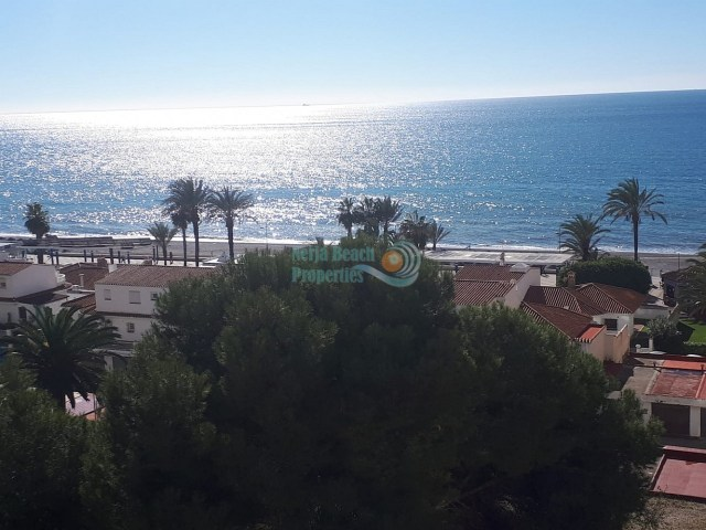 Torrox-Costa beach front studio pool tennis sea view sale