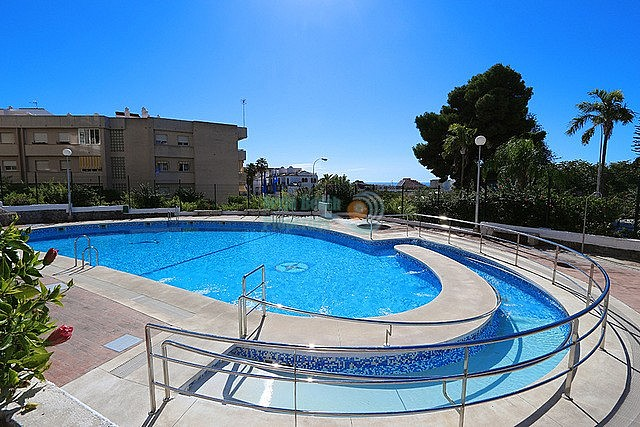 Almunecar cheap apartment pool with 2 bedrooms on a 10-minute-walk from the beach