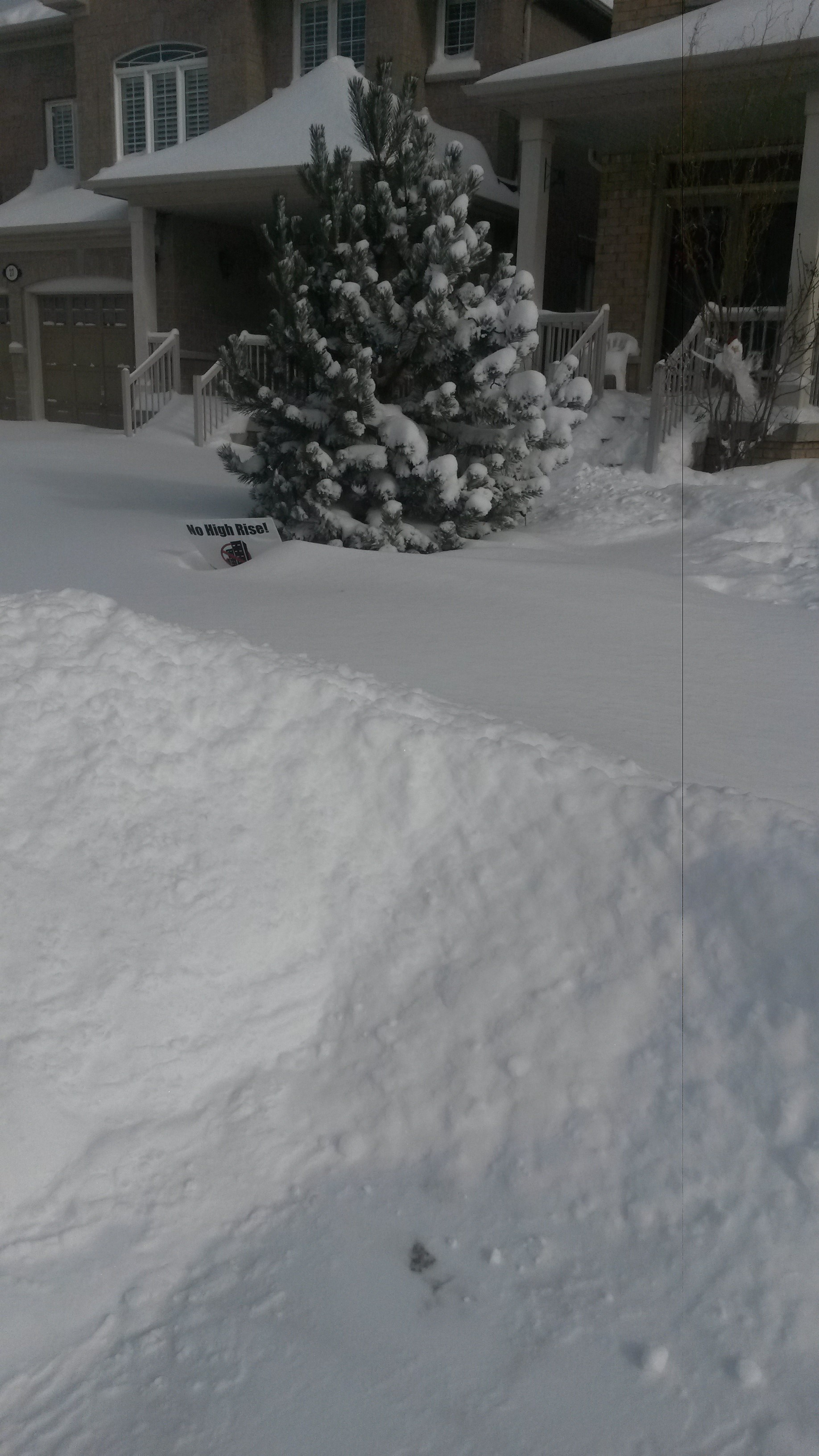 Homeowners' responsibility: shovel snow