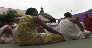 असम: कामख्या अम्बुवासी मेला शुरू, दुर्गा सतपती पाठ की आवाज़ से गूँज उठा मंदिर