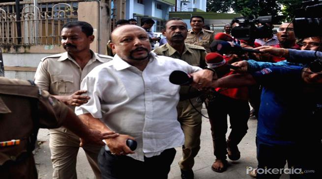 पूर्व निदेशक बरठाकुर को 14 दिन का पुलिस रिमांड