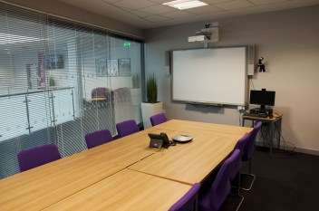 office meeting room contemporary seating