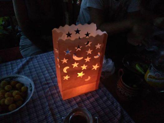 Хартиени свещници