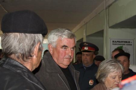 «Команда» Савицкого попыталась захватить здание правления колхоза «Родина»?
